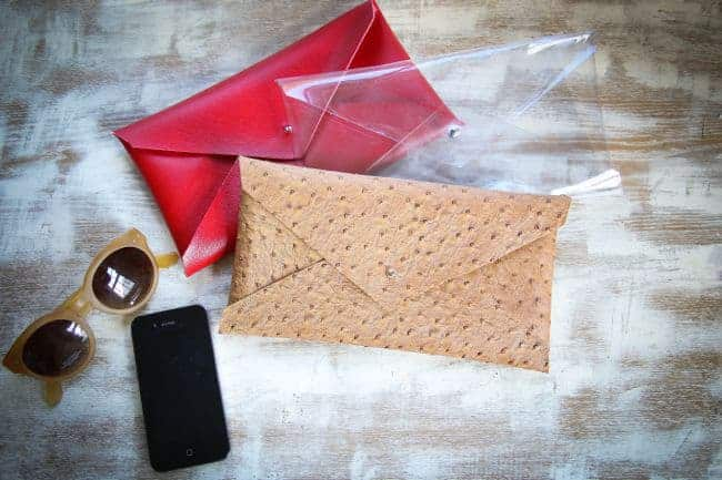 No Sew Vinyl Pouch   11 DIY Bags for All Your Needs