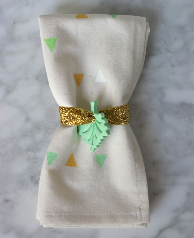 Clay Leaf Napkin Rings