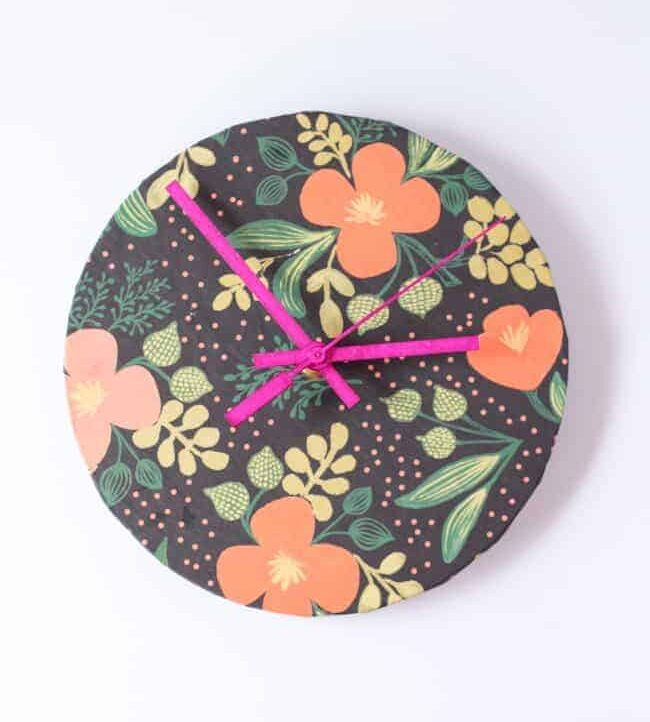 DIY upcycled paper clock - Hello Nest