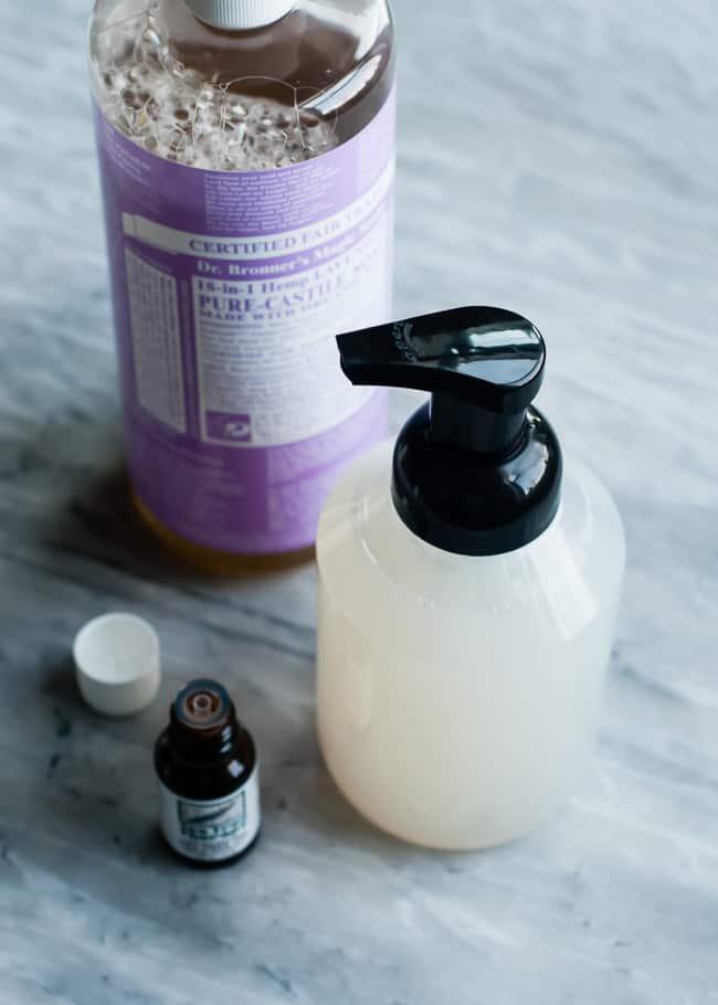 Antibacterial Foaming Handsoap | 10 Ways to Detox Your Home
