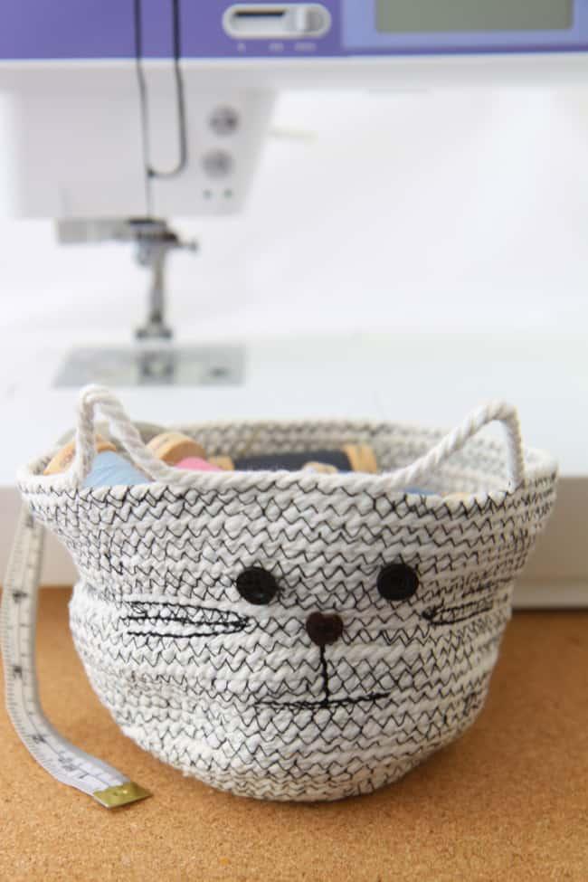 Cat DIY Rope Basket - Hello Nest