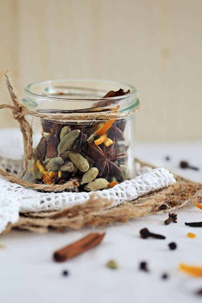 Homemade Mulling Spices | HelloGlow.co