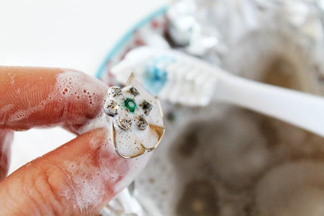diy-jewelry-cleaner-11
