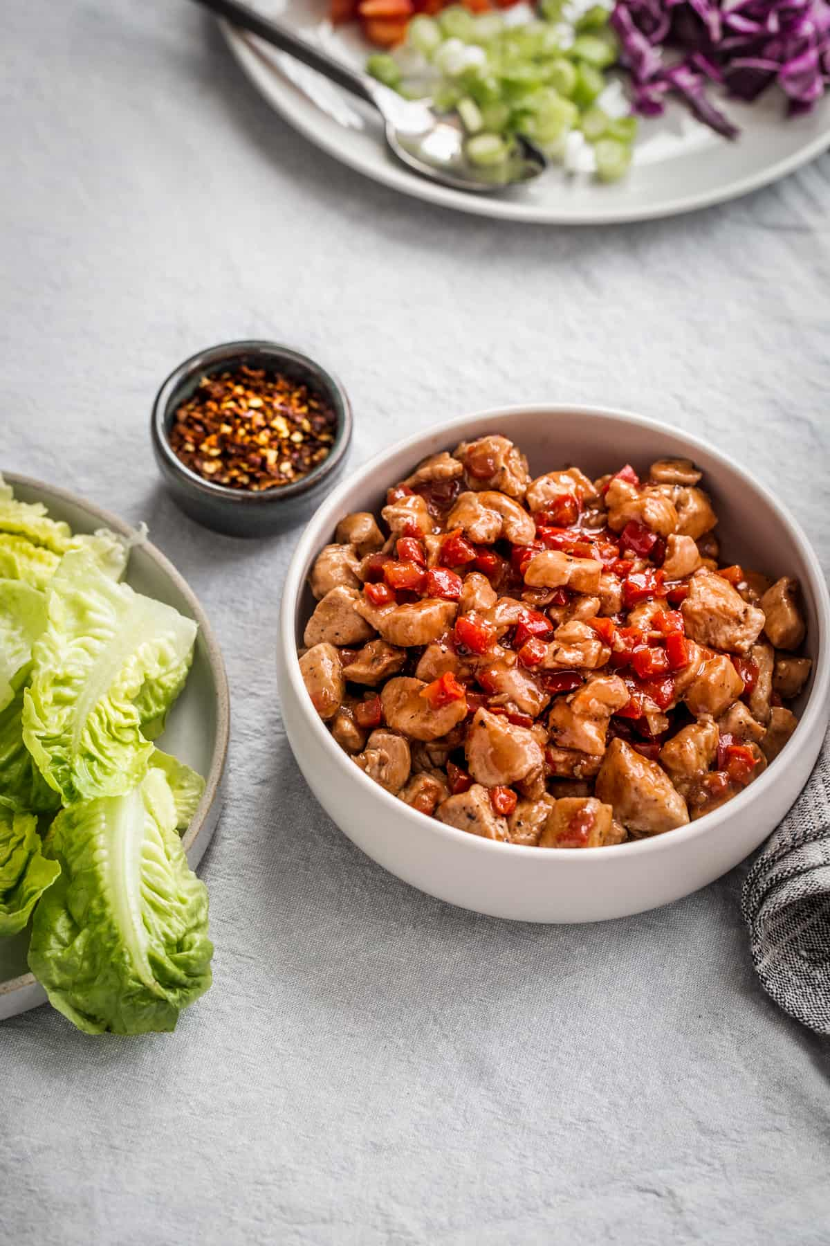 These Asian-Inspired Lettuce Wraps Are The Perfect Back-To-School Dinner