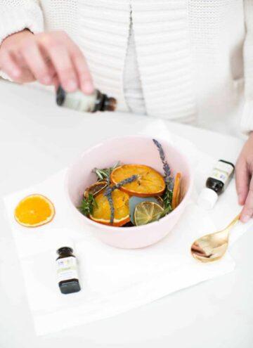 Make a Rosemary Citrus Pot Simmer - HelloNest.co