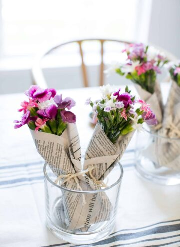 How to Make Mini-Bouquets with Grocery Store Flowers - Hello Nest