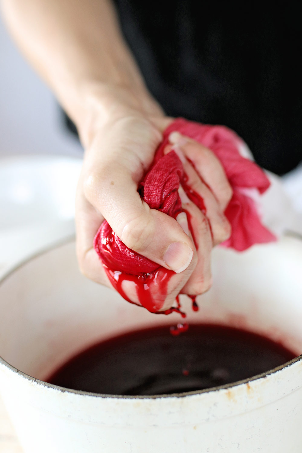 How to Make Beet-Dyed Dishtowels