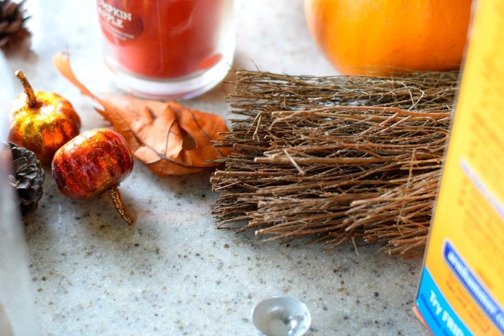 Homemade Natural Autumn Room Spray from Home Talk | 7 DIY Room Sprays for Fall