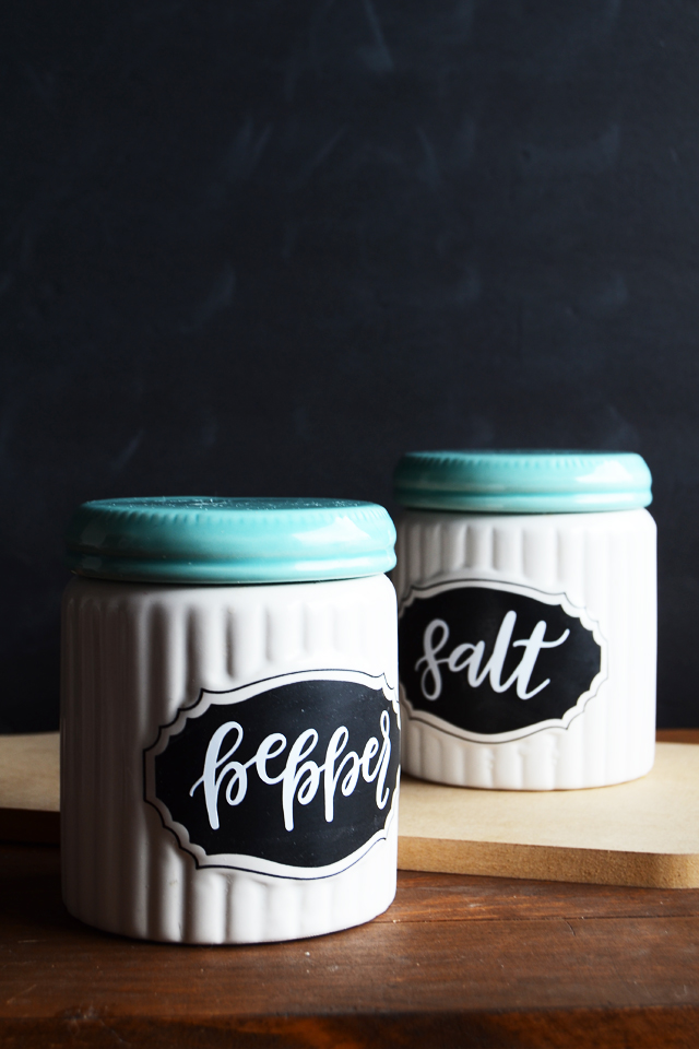 Basic Spice Labels from Minted Strawberry | 15 Free Organization Printables