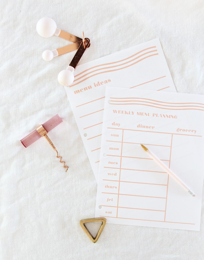 Weekly Menu Planning Printables from A Bubbly Life | 15 Free Organization Printables