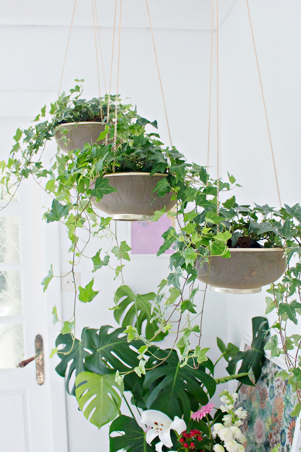 From Sifter to Planter from Lana Red Studio | 7 Hanging Planter DIYs