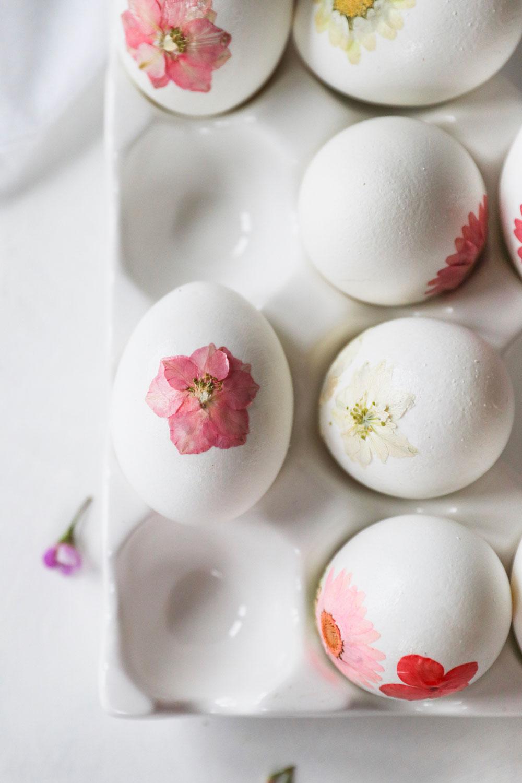 Pressed Flower DIY Easter Eggs