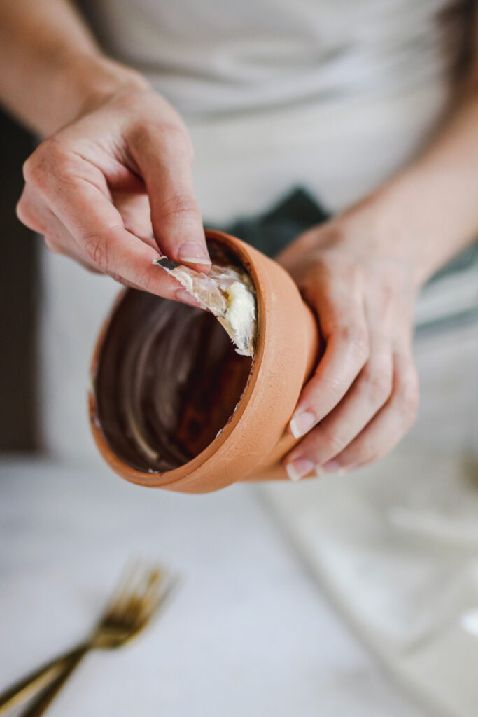 Making bread in a flower pot