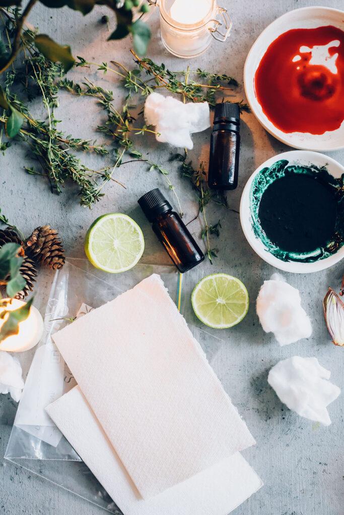 DIY Aromatherapy Holiday Cards