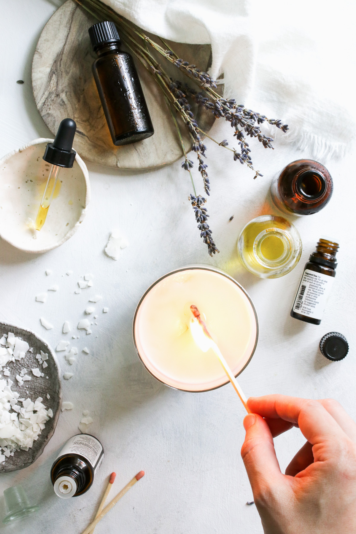 The Complete Guide To Diy Essential Oil Candles Hello Nest